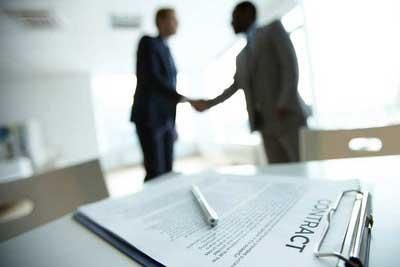 وکالت امور قراردادها